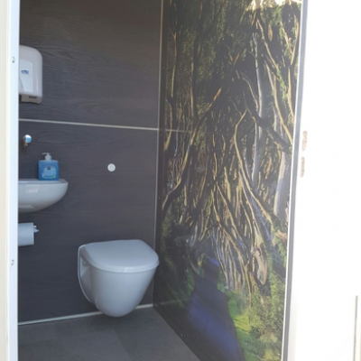 4 Way VIP Toilet Unit For Hire