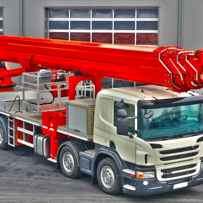 72m Operated Truck Mount